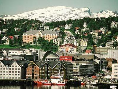 Описание и снимки на пристанище Тромсо, Норвегия от круизен маршрут