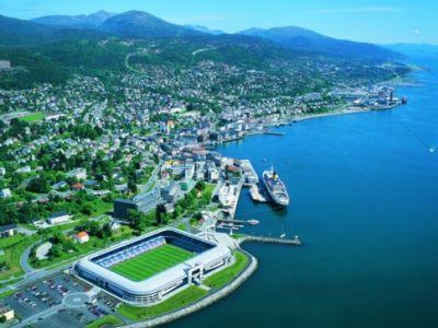 Описание и снимки на пристанище Молде, Норвегия от круизен маршрут