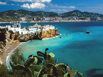 Описание и снимки на пристанище Ибиса, Испания от круизен маршрут