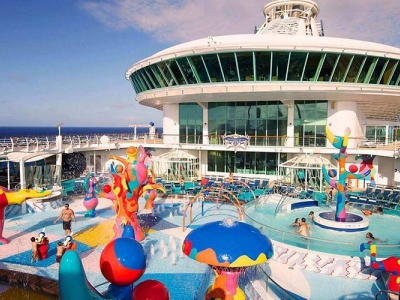 Круизен кораб FREEDOM of the Seas на Royal Caribbean Intl.