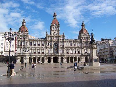 Описание и снимки на пристанище Ла Коруня, Испания от круизен маршрут