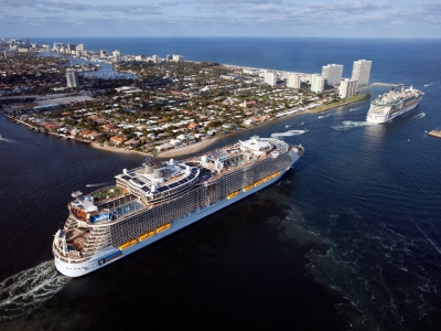Круизен кораб INDEPENDENCE  of the seas на Royal Caribbean Intl.