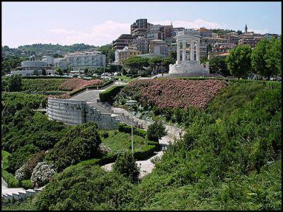 Описание и снимки на пристанище Анкона , Италия от круизен маршрут