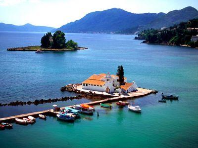 Описание и снимки на пристанище о-в Корфу, Гърция от круизен маршрут