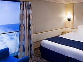 Описание на каюта Interior with Virtual Balcony - категория 4U на круизен кораб VOYAGER of the seas – обзавеждане, площ
