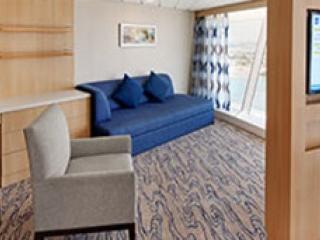 Описание на каюта Ocean View Panoramic Suite  - категория VP на круизен кораб VOYAGER of the seas – обзавеждане, площ