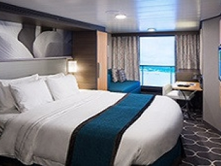 Описание на каюта Interior with Virtual Balcony - категория 4U на круизен кораб HARMONY of the Seas – обзавеждане, площ