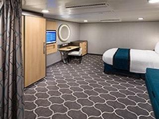 Описание на каюта Spacious Interior – категория 1R на круизен кораб HARMONY of the Seas – обзавеждане, площ