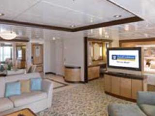 Описание на каюта Owner's Suite - 1 Bedroomy - категория OS на круизен кораб INDEPENDENCE  of the seas – обзавеждане, площ