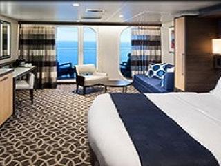 Описание на каюта Junior Suite – малък апартамент, категория JS на круизен кораб OVATION of the Seas – обзавеждане, площ