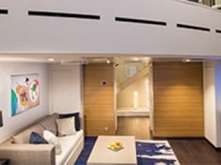 Описание на каюта Grand Loft Suite with Balcony - категория GL на круизен кораб OVATION of the Seas – обзавеждане, площ