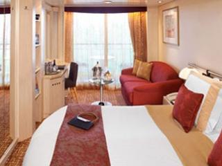 Описание на каюта Concierge Class – ВИП каюти - категории C2 на круизен кораб Celebrity Constellation – обзавеждане, площ