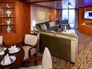 Описание на каюта Royal Suite - Кралски апартамент – категория RS на круизен кораб Celebrity MILLENNIUM – обзавеждане, площ