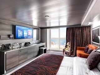 Описание на каюта ВИП апартамент - MSC Yacht Club Deluxe Suite на круизен кораб MSC Bellissima – обзавеждане, площ