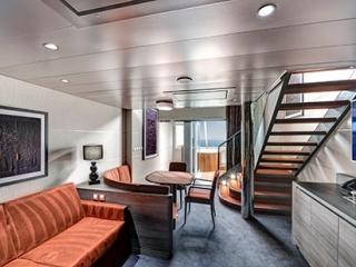 Описание на каюта Duplex Suite на круизен кораб MSC Bellissima – обзавеждане, площ