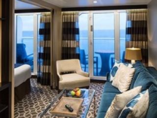 Описание на каюта Golden Junior Suite - категория JG на круизен кораб SPECTRUM Of The Seas – обзавеждане, площ