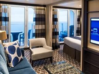 Описание на каюта Grand Suite - 1 Bedroom - Голям апартамент с една спалня - категория GS на круизен кораб SPECTRUM Of The Seas – обзавеждане, площ
