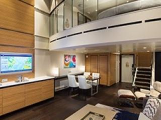Описание на каюта Grand Loft Suite with Balcony - категория GL на круизен кораб SPECTRUM Of The Seas – обзавеждане, площ