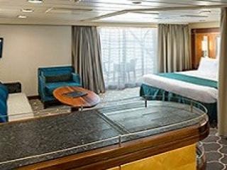 Описание на каюта Grand Suite - 1 Bedroom - Голям апартамент с една спалня - категория GS на круизен кораб MAJESTY of the seas – обзавеждане, площ