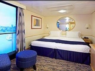 Описание на каюта Interior with Virtual Balcony - категория 4U на круизен кораб EXPLORER Of The Seas  – обзавеждане, площ