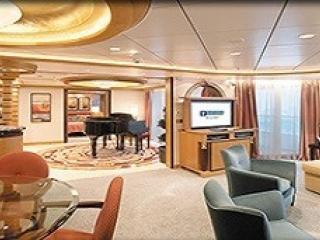 Описание на каюта Royal Suite with Balcony, категория RS на круизен кораб EXPLORER Of The Seas  – обзавеждане, площ