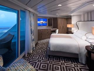 Описание на каюта Club World Owner's Suite - категория CW на круизен кораб Azamara Quest – обзавеждане, площ