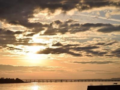 Описание и снимки на пристанище Дънди , Великобритания от круизен маршрут