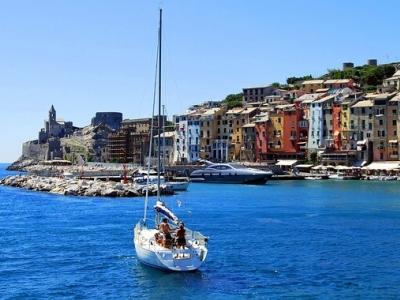 Описание и снимки на пристанище Портовенере, Италия от круизен маршрут