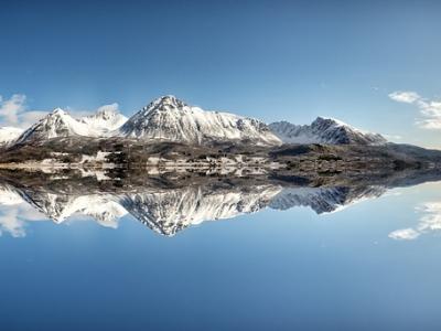 Описание и снимки на пристанище Исфьорден, Норвегия от круизен маршрут