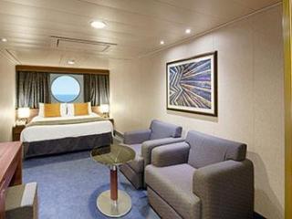 Описание на каюта Външни каюти - клас Bella на круизен кораб MSC Divina – обзавеждане, площ