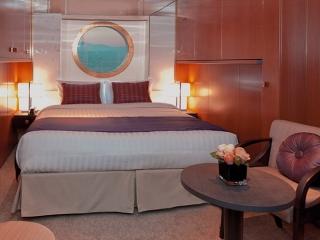 Описание на каюта Външна каюта - Категория Premium на круизен кораб Costa neoROMANTICA – обзавеждане, площ