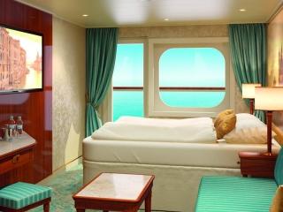 Описание на каюта Външни каюти - клас Premium на круизен кораб Costa VENEZIA – обзавеждане, площ
