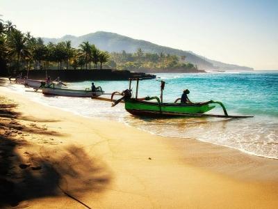 Описание и снимки на пристанище BINTAN ISLAND -  INDONESIA от круизен маршрут