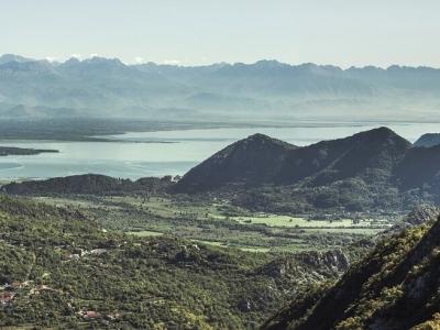 Описание и снимки на пристанище Бар (Черна гора), Черна гора от круизен маршрут