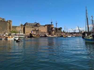 Описание и снимки на пристанище Брест, Франция от круизен маршрут