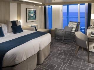 Описание на каюта Sky Suite - Апартамент – категории S2 на круизен кораб Celebrity Edge – обзавеждане, площ