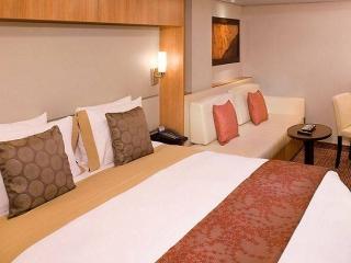Описание на каюта Inside Stateroom - Вътрешна каюта - категория от 12 на круизен кораб Celebrity Infinity – обзавеждане, площ