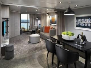 Описание на каюта Royal Suite - Кралски апартамент – категория RS на круизен кораб Celebrity Summit – обзавеждане, площ