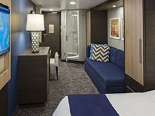 Описание на каюта Interior Cabin – категория 4V на круизен кораб ODYSSEY of the Seas – обзавеждане, площ