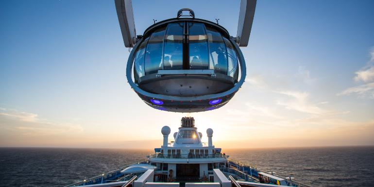 Прозрачна сфера на борда на Royal Caribbean