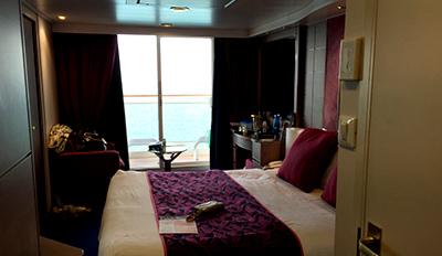 Каюта с балкон на круизен кораб MSC Musica