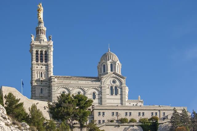 Катедралата в Марсилия