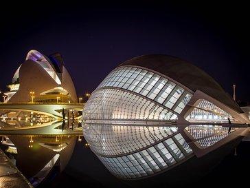 Градът на изкуствата и науките