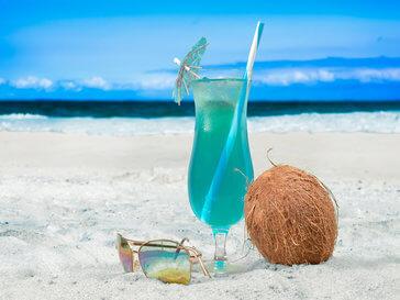 чаша на плажа