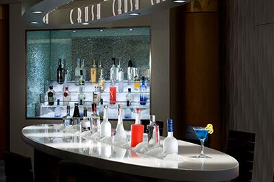 Celebrity Millennium барове на борда