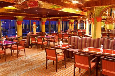 Costa Pacifica ресторанти на борда