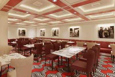 Costa SMERALDA ресторанти на борда