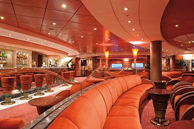 MSC Poesia барове на борда