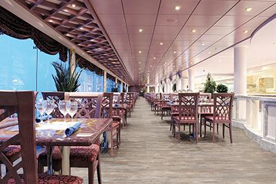 MSC Poesia ресторанти на борда